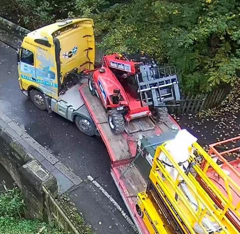 Image of large HGV driving over Salters Bridge