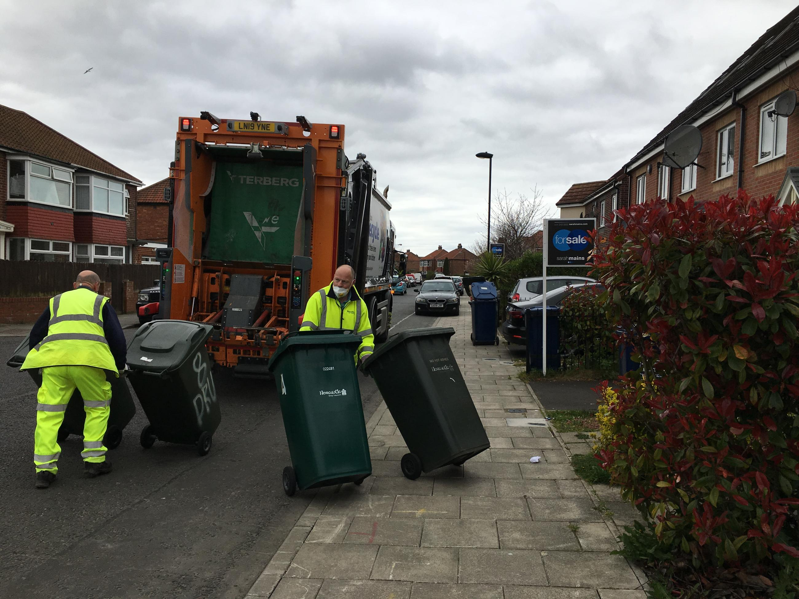 Council's bin crew continue to deliver a full refuse collection service